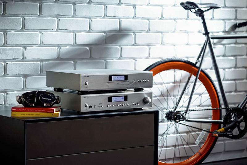 Thú chơi CD cùng những lựa chọn giá mềm, chất lượng và đẳng cấp từ Rotel