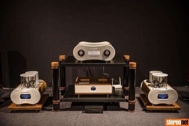 Auris Audio ra mắt preamp hi-end VIVACE, giá 10.000 Euro