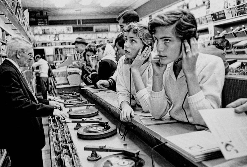 Định đạng đĩa vinyl LP 33 1/3 ăn mừng sinh nhật lần thứ 72