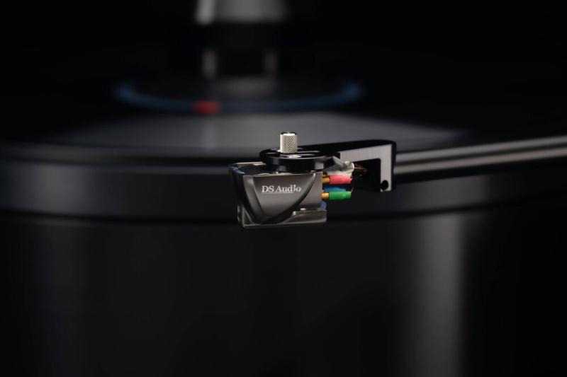 DS Audio giới thiệu bộ kim quang học đầu bảng Grand Master có giá lên tới 1,37 tỷ đồng