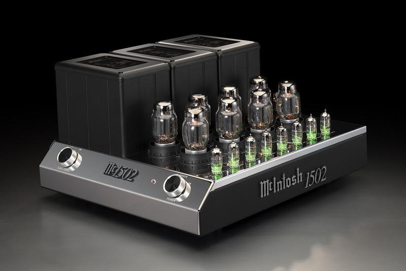 McIntosh ra mắt bộ đôi ampli đèn C22 Mk V và MC1502 cùng diện mạo hoàn toàn mới