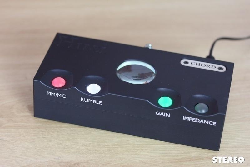 Nâng cấp âm thanh từ mâm đĩa than với phono preamp cao cấp Chord Huei