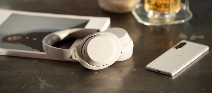 Sony ra mắt tai nghe chống ồn WH-1000XM4: Chống ồn tốt hơn, xuất hiện nhiều tính năng mới