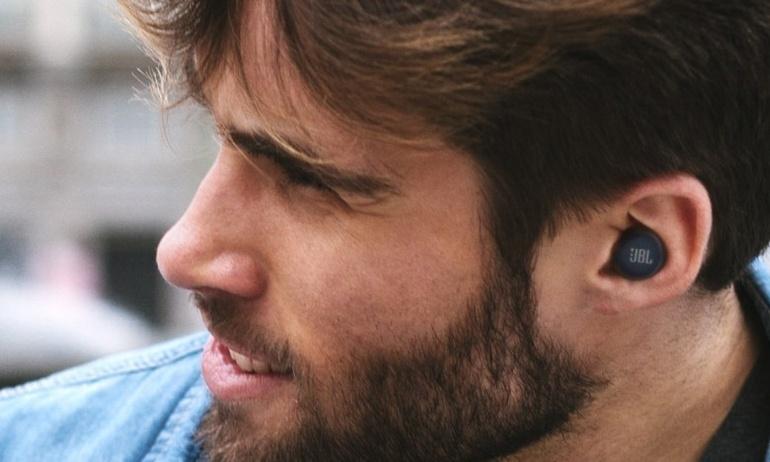 JBL giới thiệu tai nghe true-wireless Live Free NC+ và Reflect Mini
