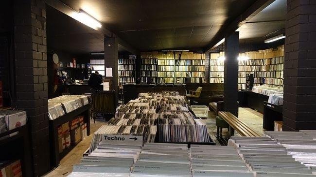 Điểm danh 25 cửa hàng đĩa than mà mọi audiophile đều muốn ghé thăm một lần trong đời (P.1)
