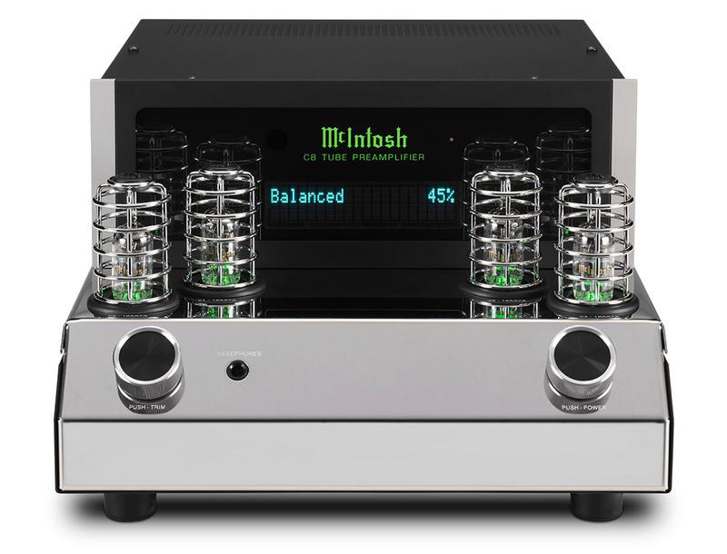 Poweramp MC830 và Preamp C8: Bộ đôi mới từ McIntosh dành cho không gian nghe nhạc cỡ trung và nhỏ