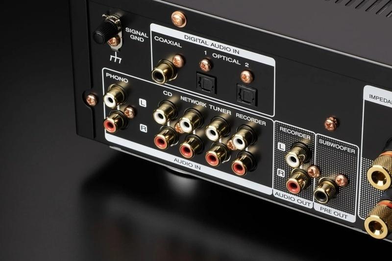 Marantz trình làng bộ đôi ampli tích hợp PM6007 và đầu CD CD6007