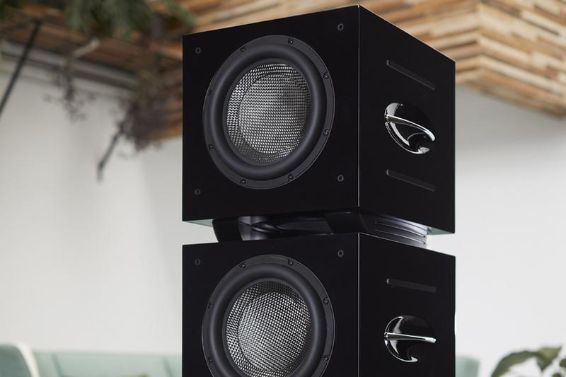 REL Acoustics công bố loa siêu trầm cao cấp Carbon Special