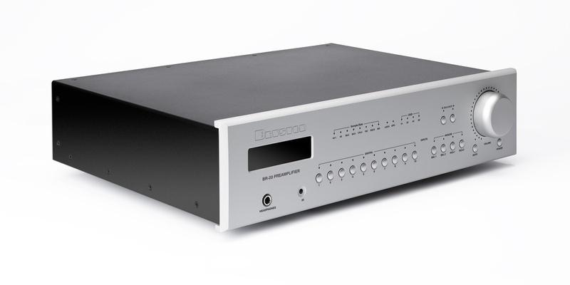 Bryston công bố chiếc pre-amp BR-20: Tích hợp cả DAC và streamer