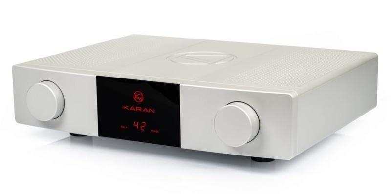 Karan Acoustics trình làng mẫu pre-ampli tham chiếu  Master Collection LINEb