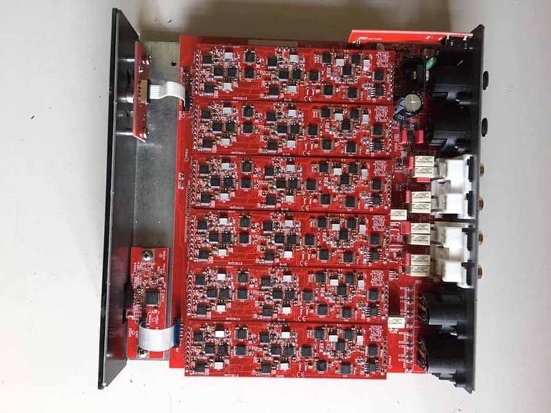 M2Tech tung ra bộ phân tần rời Mitchell Analog Electronic Crossover