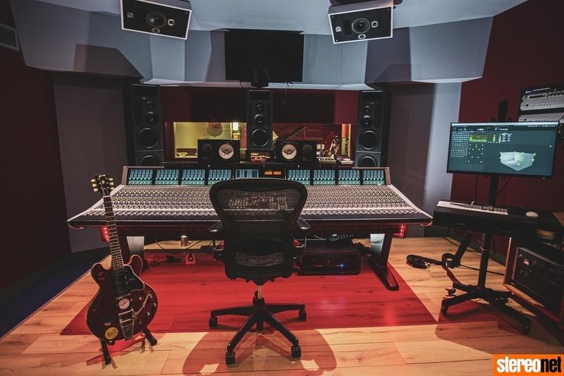Phòng thu huyền thoại tại Anh nâng cấp hệ thống Dolby Atmos với loa PMC