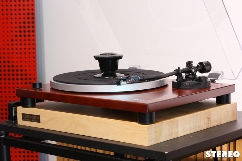 Music Hall MMF-1.5: Mâm than plug-n-play với chất âm analog hấp dẫn