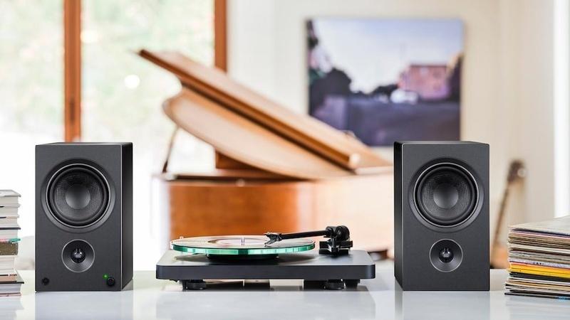 PSB Speaker giới thiệu bộ đôi loa máy tính Alpha AM3 và AM5 cùng giá bán hấp dẫn