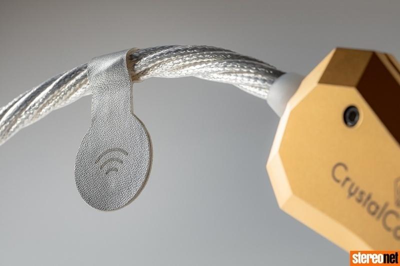 Cáp âm thanh đầu bảng CrystalConnect Art Series: Diện mạo mới của Crystal Cable