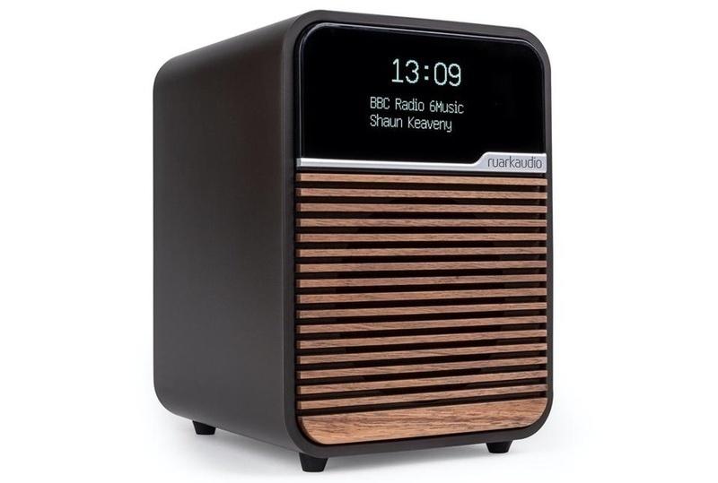 Ruark giới thiệu chiếc đài radio R1 Mk4, thiết kế nhỏ gọn, hỗ trợ DAB+