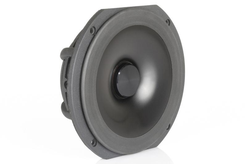 Audio Physic trình làng đôi loa ultra hi-end Cardeas, giá gần 1,3 tỷ đồng