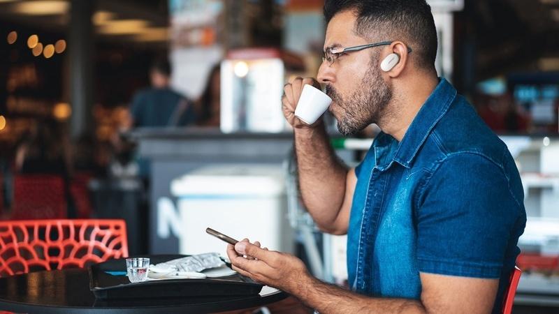 Bose QuietComfort Earbuds được cập nhật tính năng điều khiển âm lượng cảm ứng