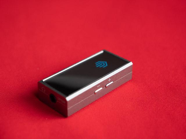Nghe nhạc hi-res từ smartphone đơn giản hơn với USB DAC Nuprime Hi-mDAC
