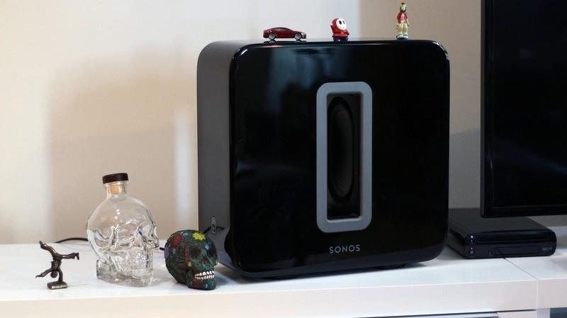Sonos tung bản cập nhật mới cho phép dùng hai subwoofer Sonos Subs cùng lúc