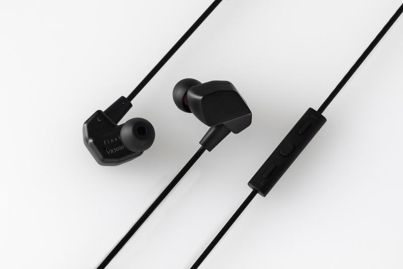 Final gia nhập thị trường gaming gear với tai nghe VR3000