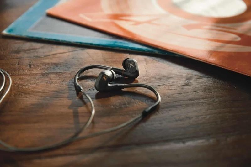 [CES 2021] Sennheiser trình làng tai nghe in-ear cao cấp IE300