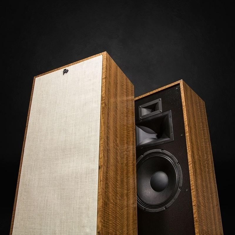 Phối ghép nghe nhạc hi-end tiện nghi cho cuộc sống hiện đại: Cocktail Audio X35 & Klipsch Forte III (P.2)