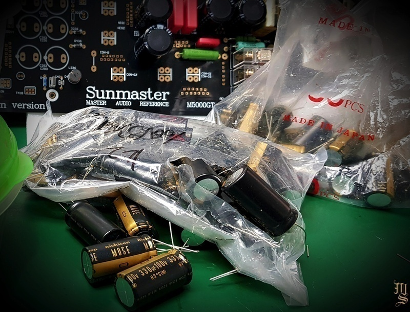 Theo dõi quá trình chuẩn bị cho Sunmaster Audio M5000GT