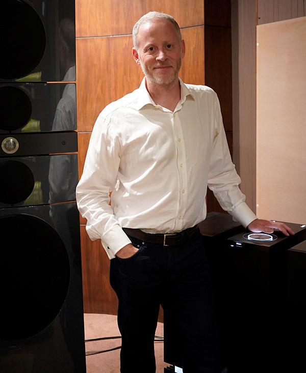 Charlie Hendersen chia tay thương hiệu Naim Audio