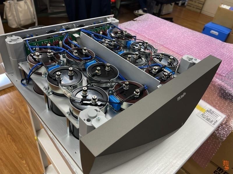 DS Audio hé lộ quá trình sản xuất equalizer cho cartridge quang học