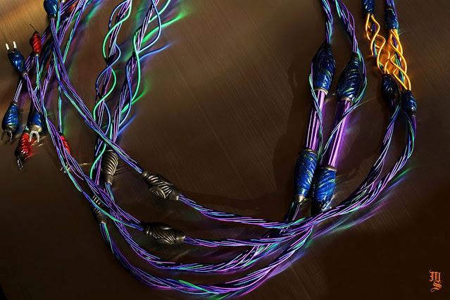 Elpispandora ra mắt dây loa Diamond Soloist Feather