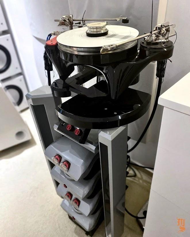 Metaxas & Sins trình làng bộ mâm đĩa than ultra hi-end custom cho Anquan AV