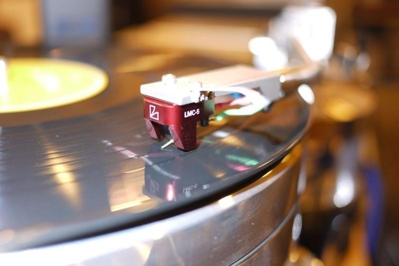 Luxman ra mắt cartridge LMC mới sau 40 năm tạm dừng