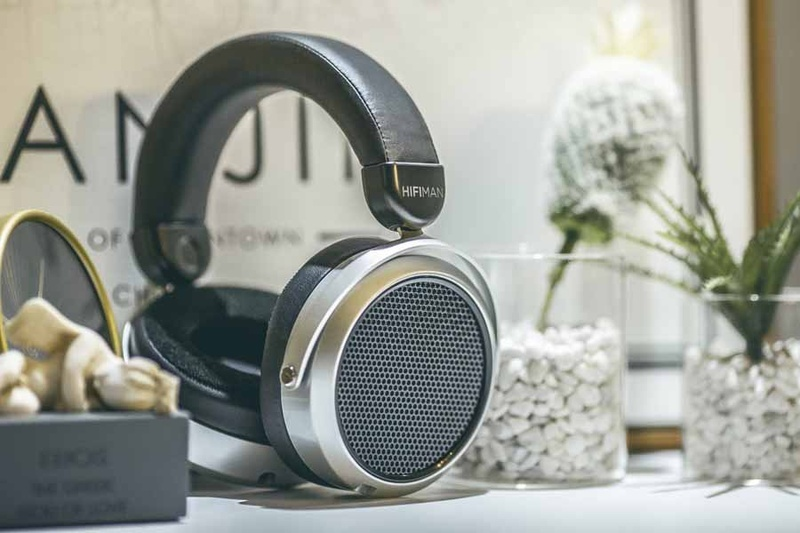 Hifiman giới thiệu tai nghe planar magnetic