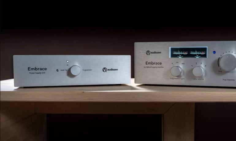 Audiozen giới thiệu ampli tích hợp hybrid Embrace