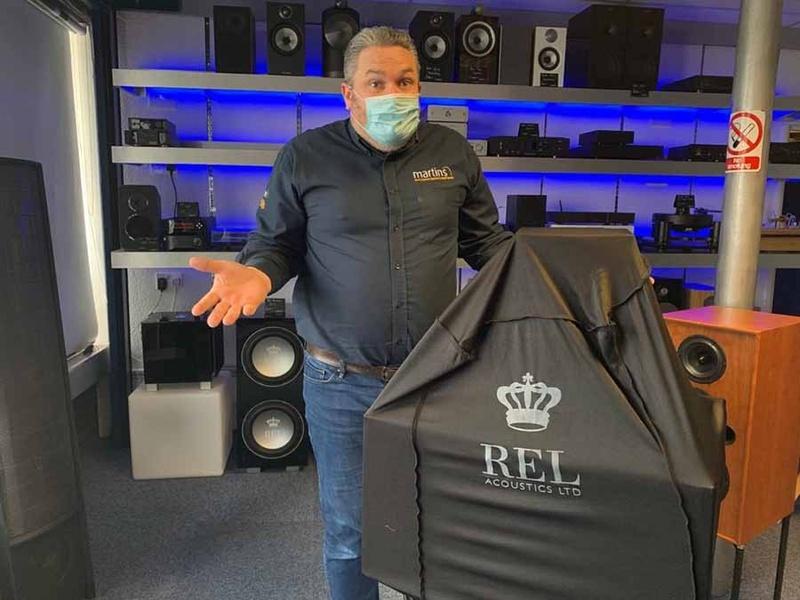 REL Acoustics tổ chức buổi ra mắt sản phẩm mới đầy bí ẩn tại Martins Hifi