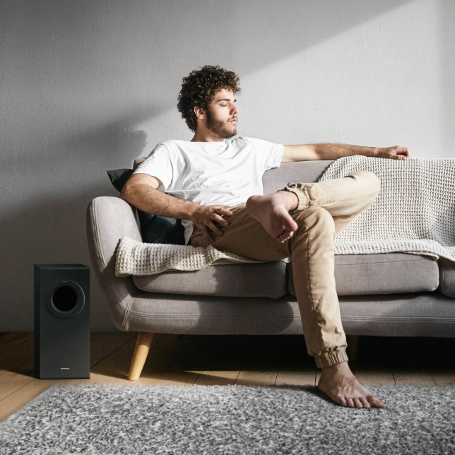 Panasonic SC-HTB490 Slim Soundbar: Đối thủ mới của loa Sonos Beam