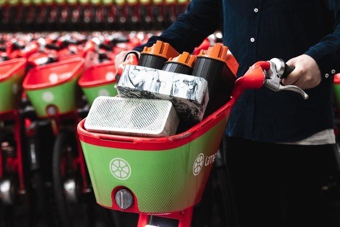 Gomi: Loa di động làm từ pin cũ của xe đạp điện