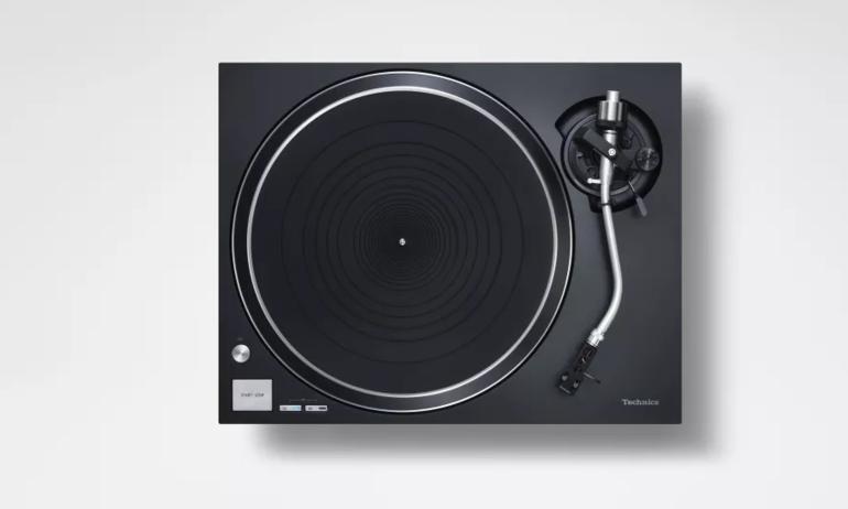Technics ra mắt mâm đĩa than nhập môn SL-100C