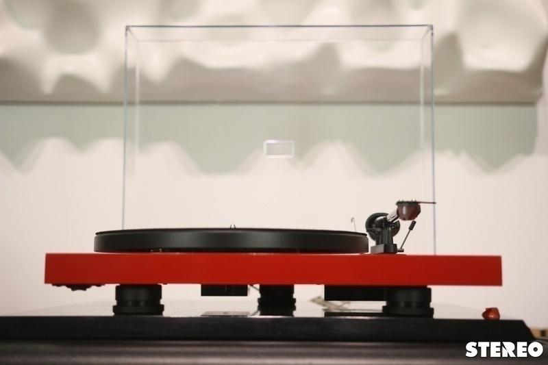 Trải nghiệm mâm đĩa nhựa Pro-Ject Debut Carbon EVO