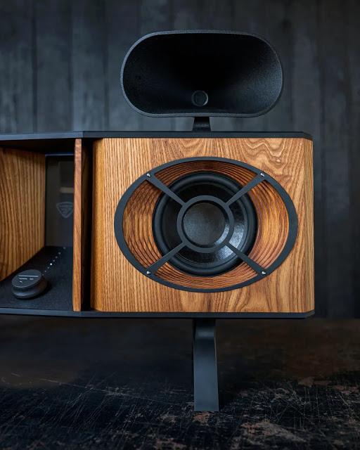 Fleetwood Sound tung loạt ảnh đầu tiên về bộ loa all-in-one Excelsior