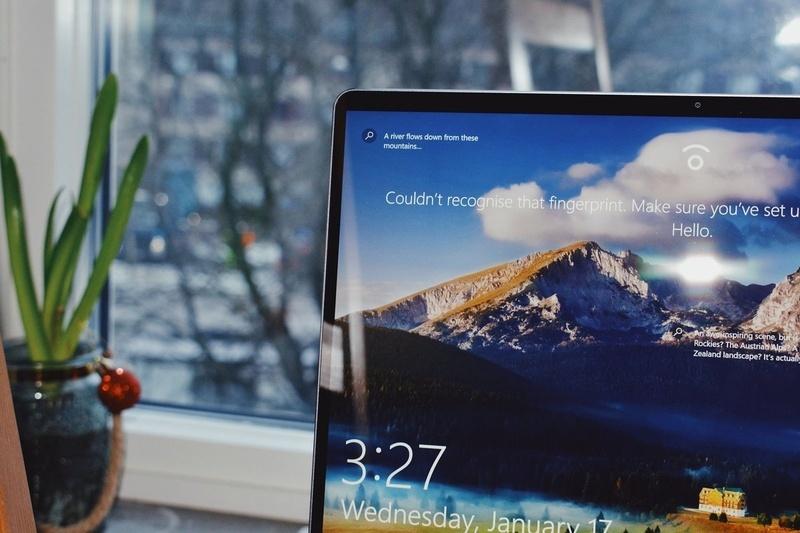 Microsoft cải thiện chất lượng âm thanh của tai nghe Apple trên Windows 10 với bản cập nhật mới