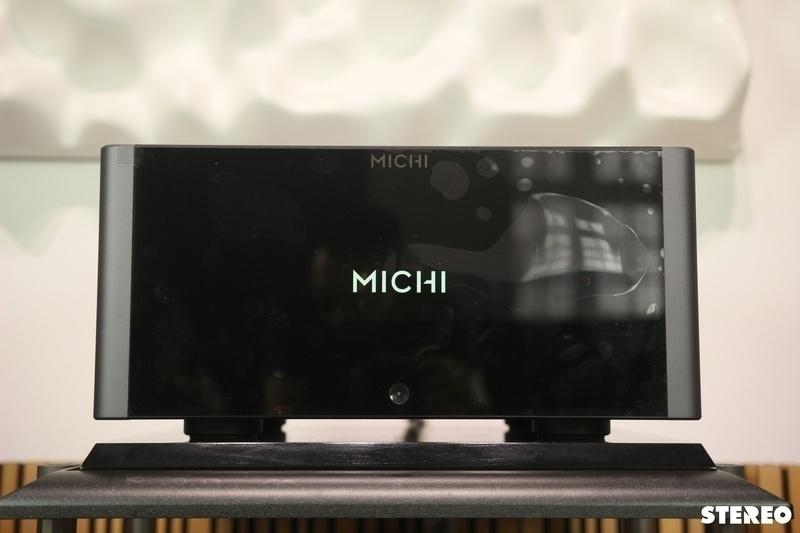 Rotel Michi S5: Nguồn năng lượng mạnh mẽ cho các đôi loa cao cấp