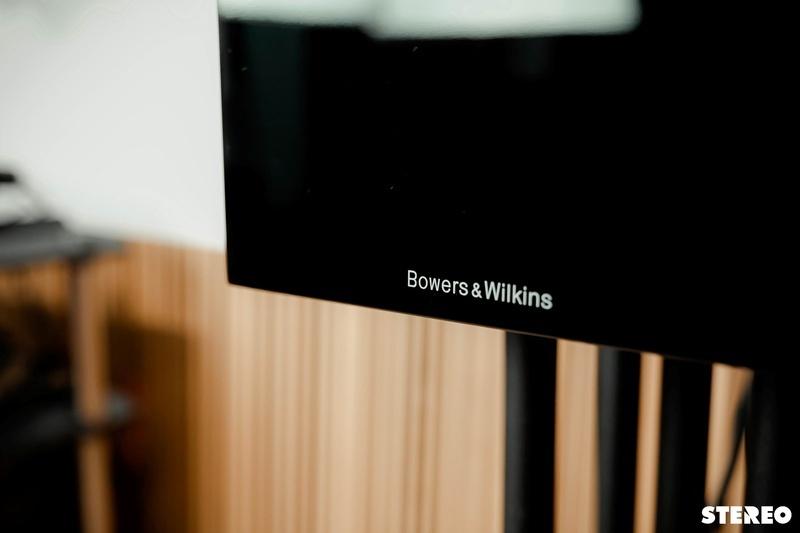B&W 705 S2: Đôi bookshelf đáng chú ý trong phân khúc tầm trung