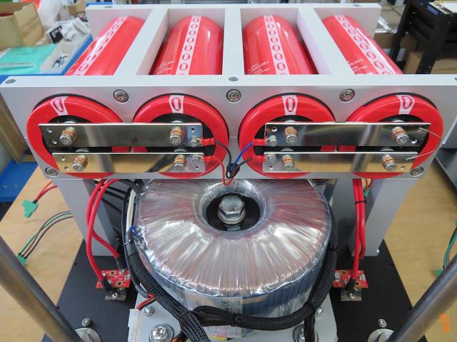 CH Precision bật mí quá trình sản xuất ampli công suất đầu bảng M10