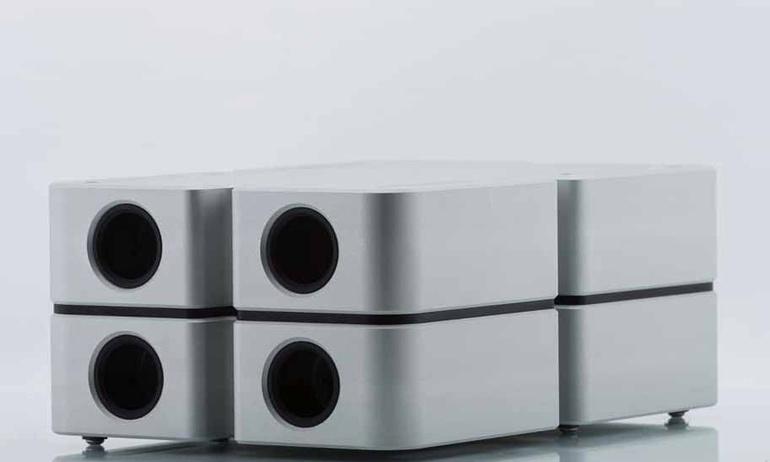 Andrea Pivetta hé lộ hình ảnh mới về ampli tản nhiệt bằng chất lỏng Liquid Amplifier