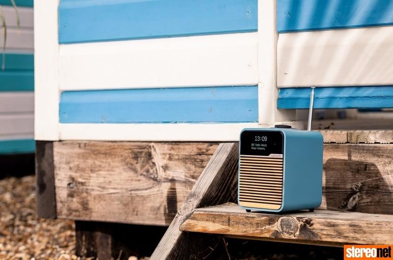 Ruark mở bán phiên bản Beach Hut Blue cho DAB+ radio R1