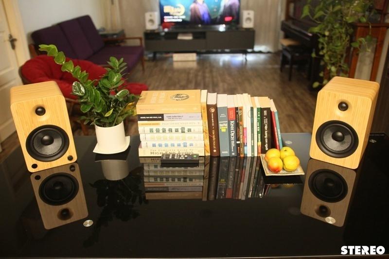 Kanto YU6: Đôi bookshelf chủ động mang nhiều yếu tố hấp dẫn