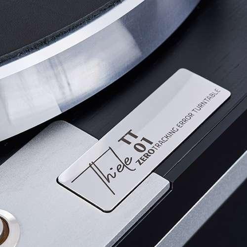 Helmut Thiele giới thiệu bộ tay cần và mâm đĩa than hi-end đầu tay