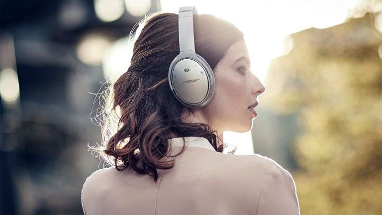Bose tiếp tục bị rò rỉ thêm thông tin về tai nghe chống ồn QuietComfort 45
